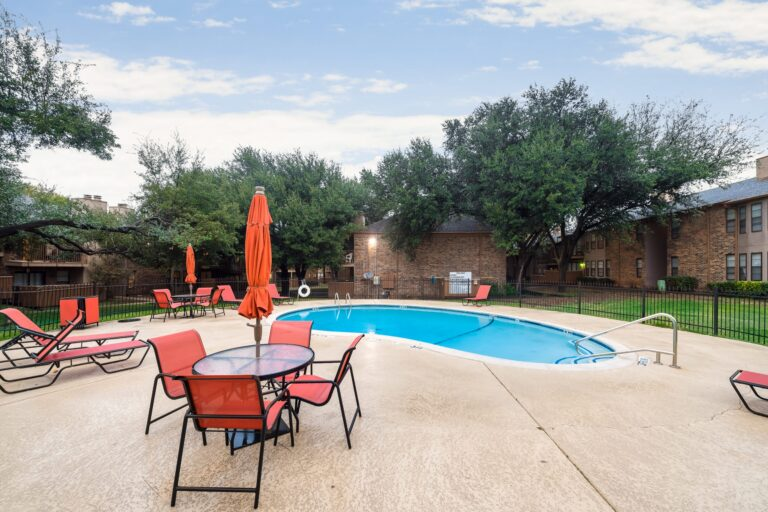 3420 Country Square Dr _ 20